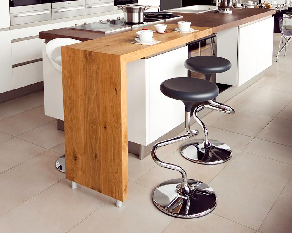 dreveny-barovy-pult-1.jpg