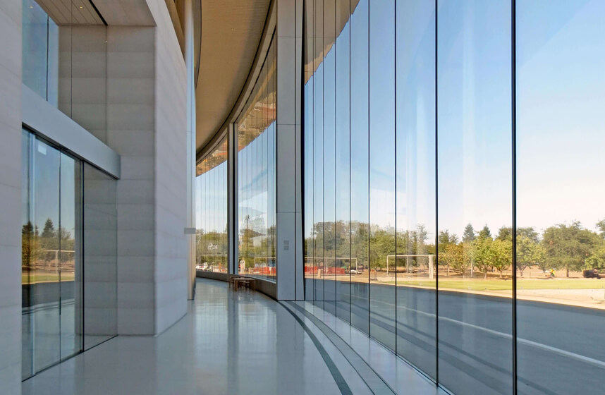 fasada-sklo.jpg
