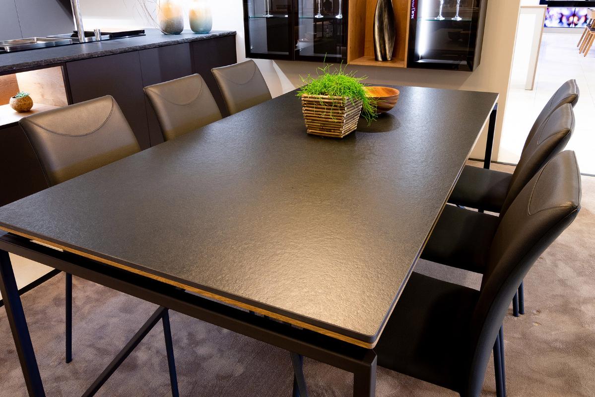 stolova-doska-keramika-nero-zimbabwe.jpg